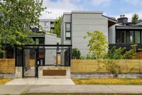 3 - 513 E Pender Street, Vancouver West